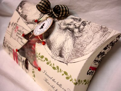 Christmas_pillow_box_2