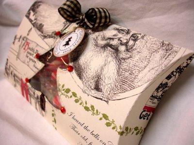 Christmas_pillow_box_2