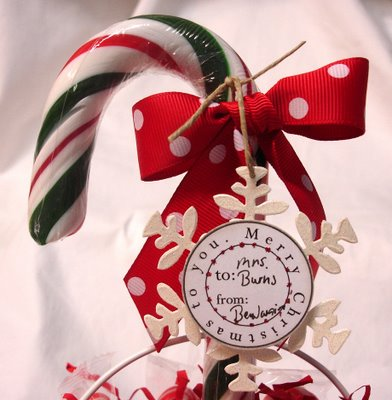 Circle_christmas_candy_cane