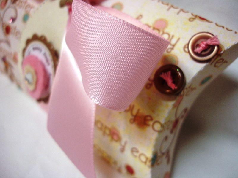 Easter pillow box1