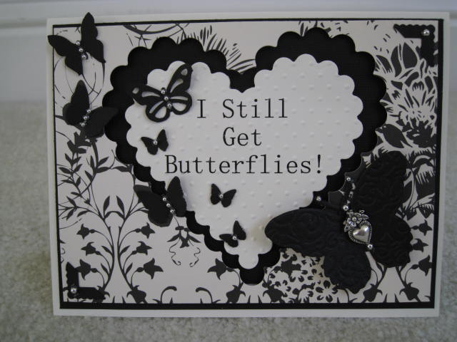 I Still Get Butterflies Donna Mundinger - Happy Anniversary Huge circle set