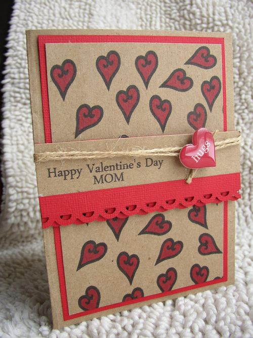 Happy Valentine's Day to my mom Stephanie Muzzulin - Valentine Family and Freinds and tiny hearts background