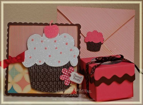 Sweet Treats  Velma Newton - Huge Cupcake, Cupcake box and Everday 1 inch greetings