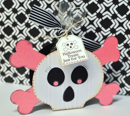 Skull treat box