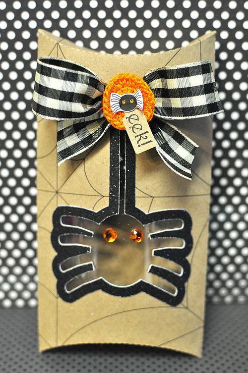 Halloween pillow box