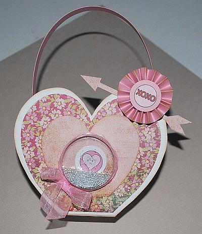Xoxo  Petra  Heart treat box