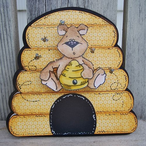 Beehive  Debbie Fisher - Beehive shaped card