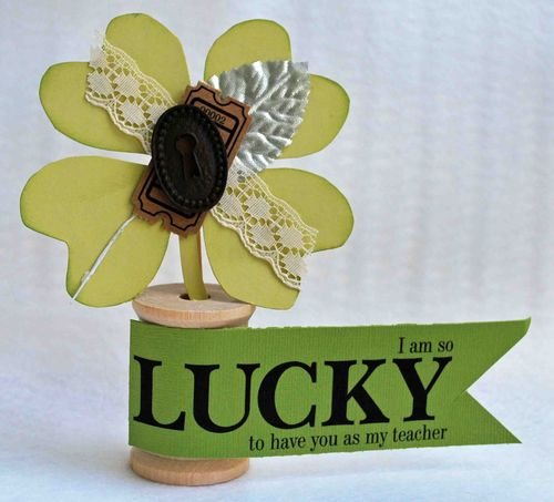 LUCKY  Amber Goble - LUCKY ME and 4 LEAF CLOVER SHAPED CARD