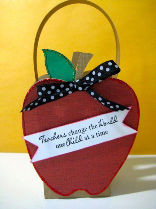 Teachers change the world  Lezlye Lauterbach - Apple Treat box