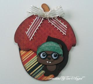 Acorn shaped card  Tee Angel - Acorn shaped card