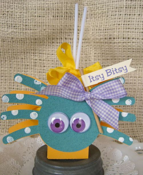 Itsy Bitsy  Lori Hairston - spider treat box