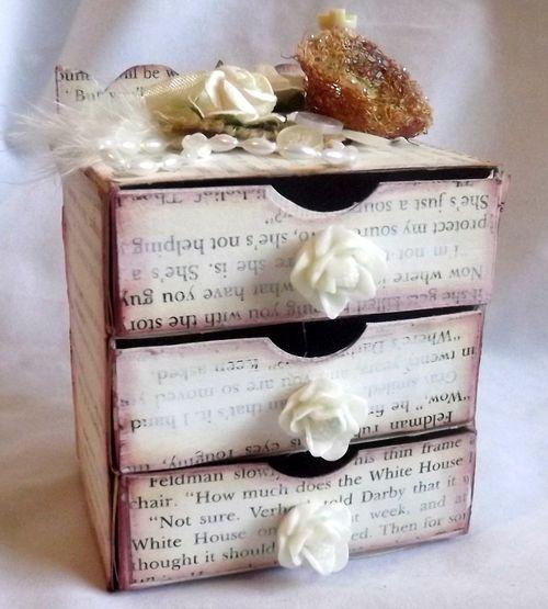 3 drawer chest - Mary Ann Guth - Dresser box