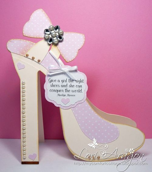 Give a girl - High heel shoe shaped card - Lori Aragon