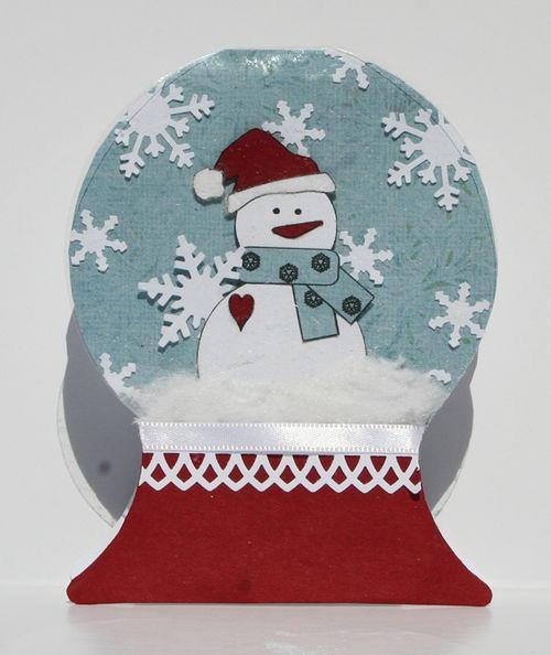 Snowglobe shaped card - Melisa Waldorf