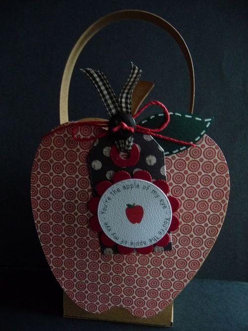 Apple treat box - Jeri Thomas