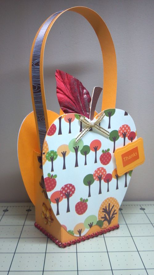 Apple treat box - Audrey Long