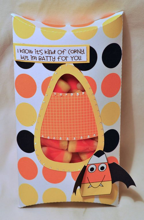 CANDY CORN PILLOW BOX