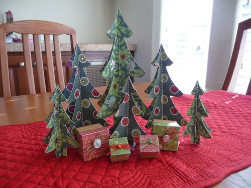30 Christmas tree set - Jeri Thomas