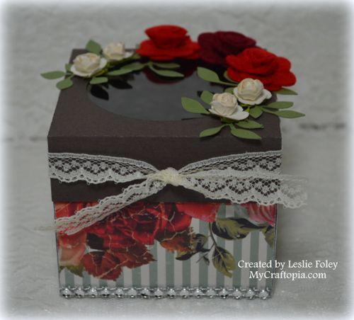 Cupcake box - Leslie Foley