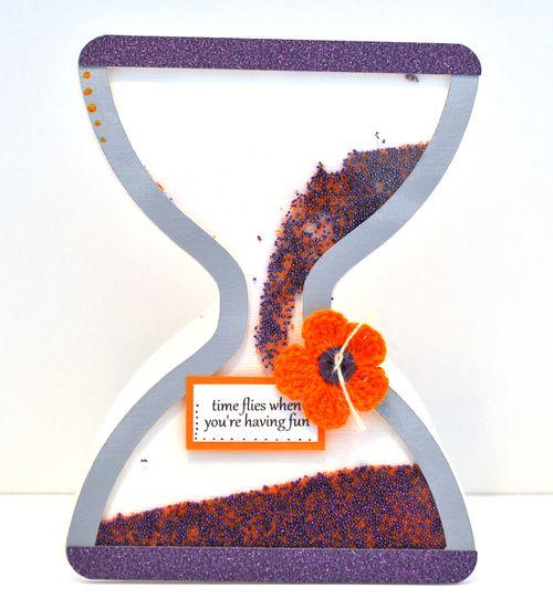 Hourglass shaker