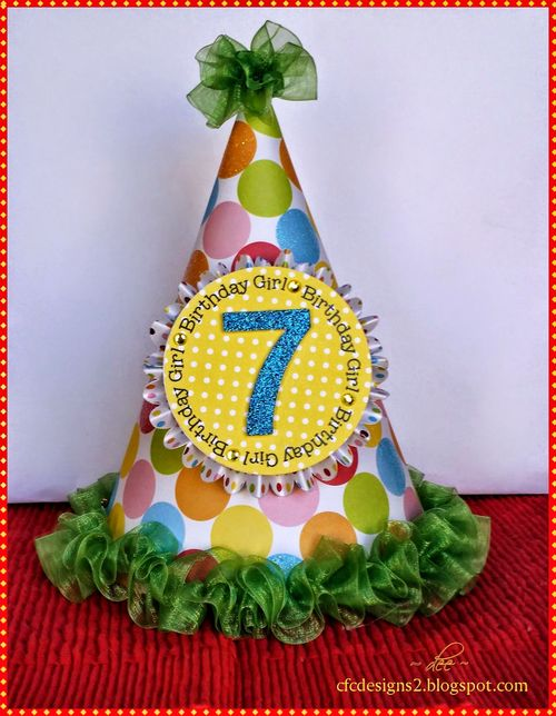 7 party hat set - Dee Jones