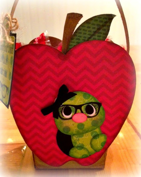 APPLE TREAT BOX - Tina Goodwin
