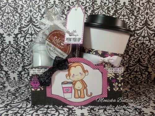 COFFEE CUP HOLDER - Monicka Butzin