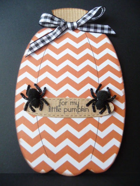 Pumpkin shaped card - Jeri Thomas