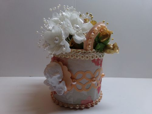 Round Basket with handle - Audrey Long