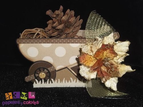 Wheelbarrow treat box - Doris Molina