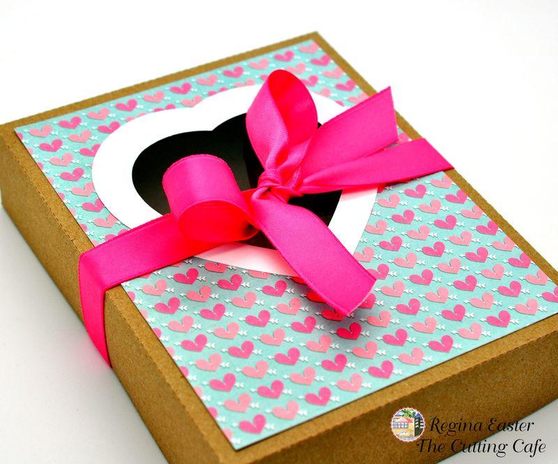 HEART CARD BOX