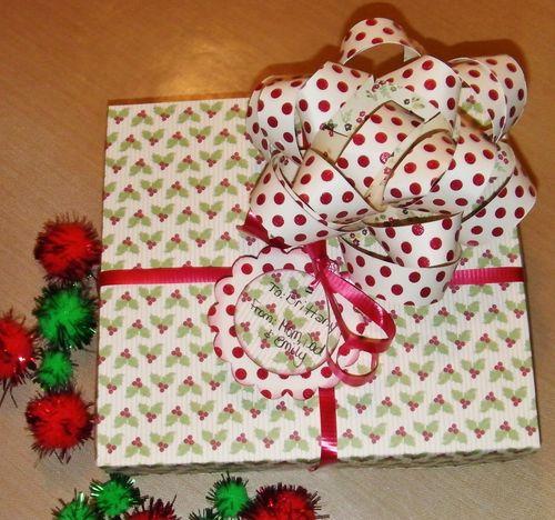 Rhonda Zmikly - Gift Bow template