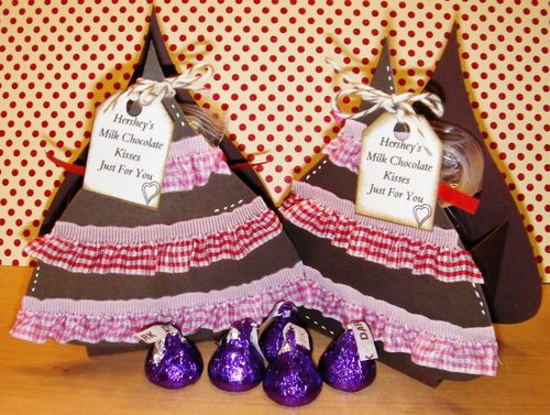HERSHEY KISS TREAT BOX - RHONDA ZMIKLY