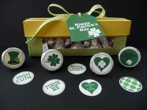 St. Patricks Day hershey kiss bottoms and Hershey Kiss window box - Jeri Thomas