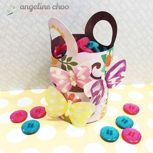Round Basket with handle - Angeline Choo