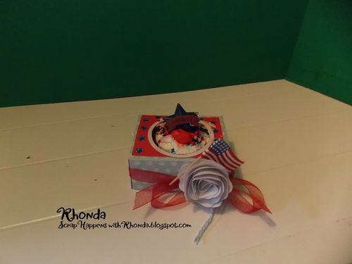 Cupcake holder - Rhonda Emery