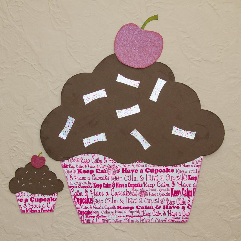 4 assorted cupcakes - Krista Hong
