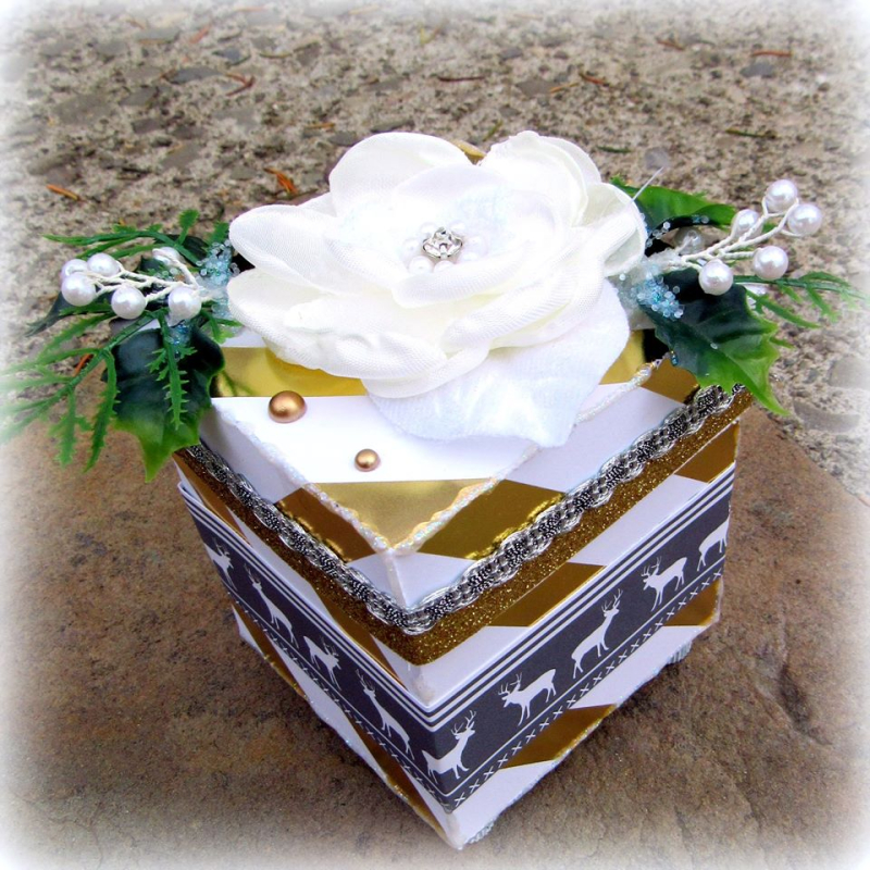 Mitra - Tissue box holder
