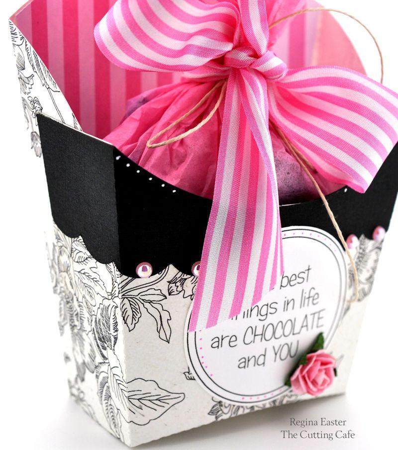 CHOCOLATE FRY BOX SIGNATURE1