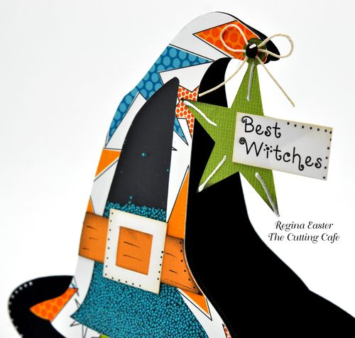 Witch hat shaker 1