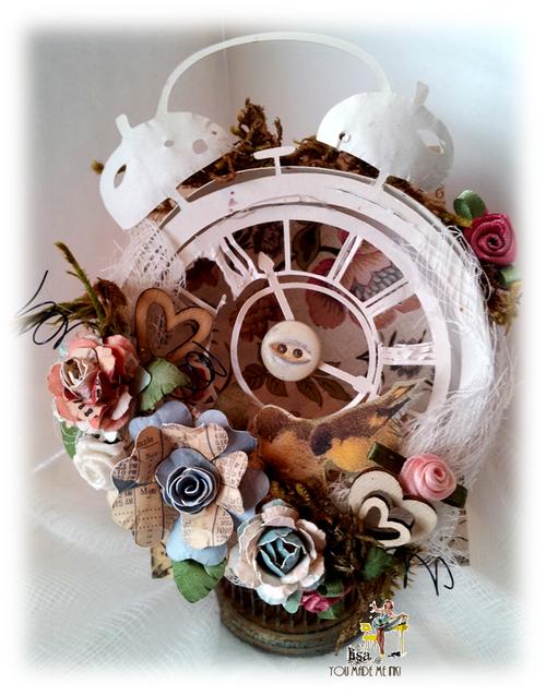 Lisa Minckler - Paper flowers
