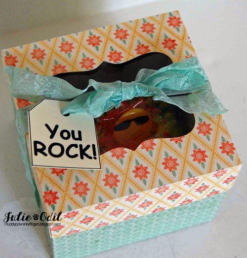 Cupcake box - Julie Odil