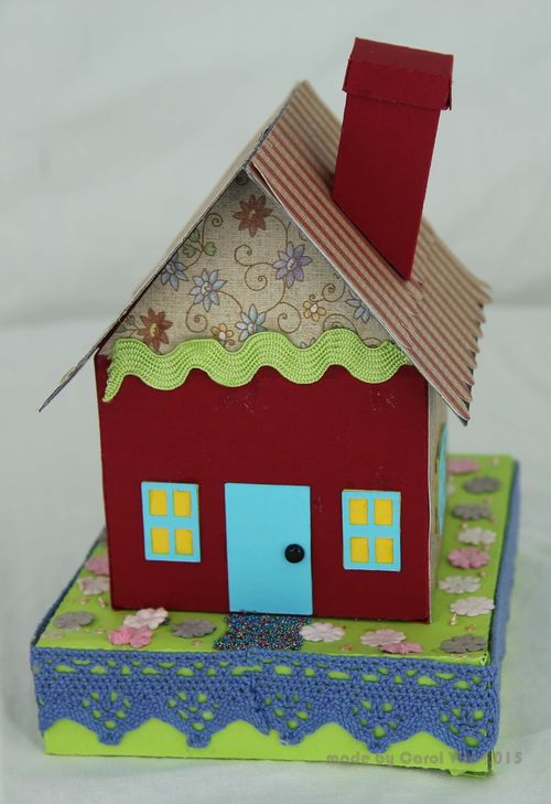 3d house -  carol - quirkycrafts