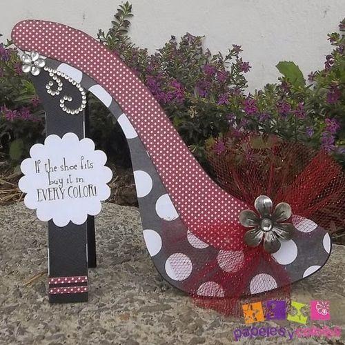 High heel shoe shaped card - Doris Molina