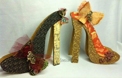 High heel shoe shaped card - Monica